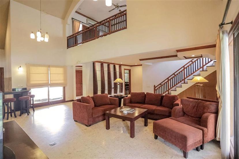 Whiz Residence
